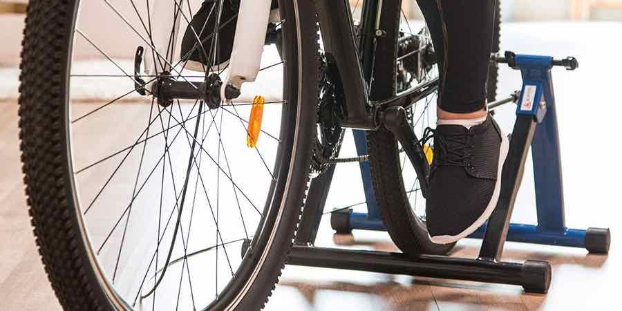 Ultrasport Set de rodillo. bicicleta de montaña decathlon.bicicleta run fit. comprar mountain bike. decathlon rodillo tija telescópica decathlon. simulador ciclismo, rodillos ciclismo baratos, compro rodillo para bicicleta barato, donde comprar rodillos para bicicleta, rodillo bicicleta online, oferta rodillo bicicleta, rodillo usado para bicicleta